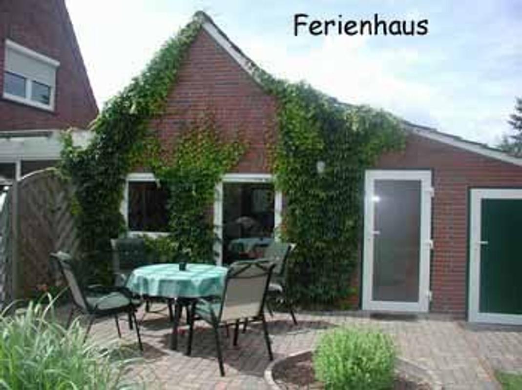 ferienhaus b hre ferienhaus in aurich mieten. Black Bedroom Furniture Sets. Home Design Ideas