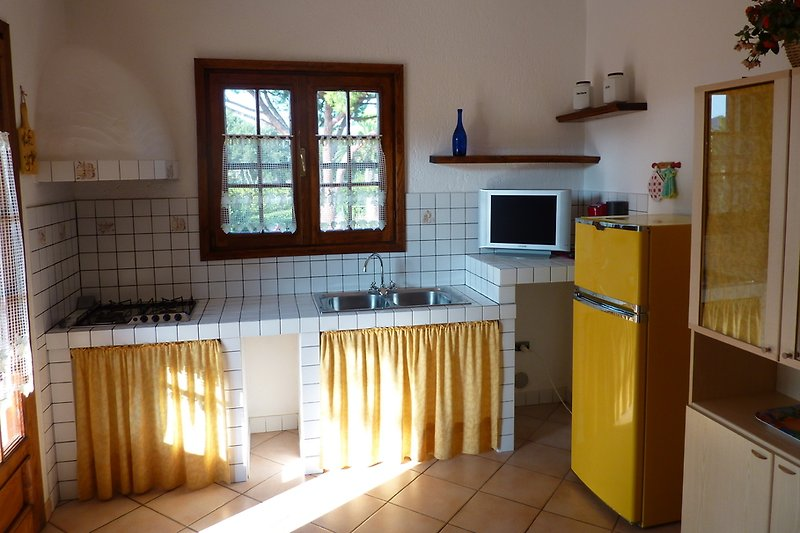 Kochzeile Apartment 4