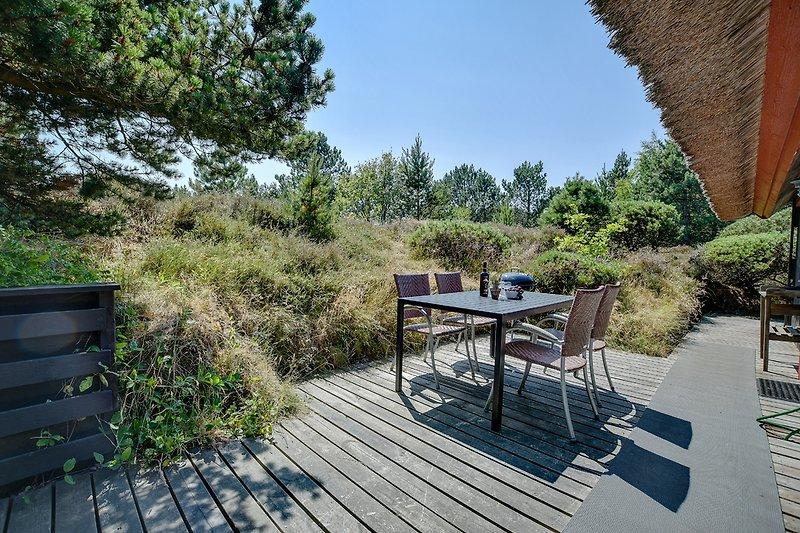 idyllisches Grundstück mit großer Terrasse