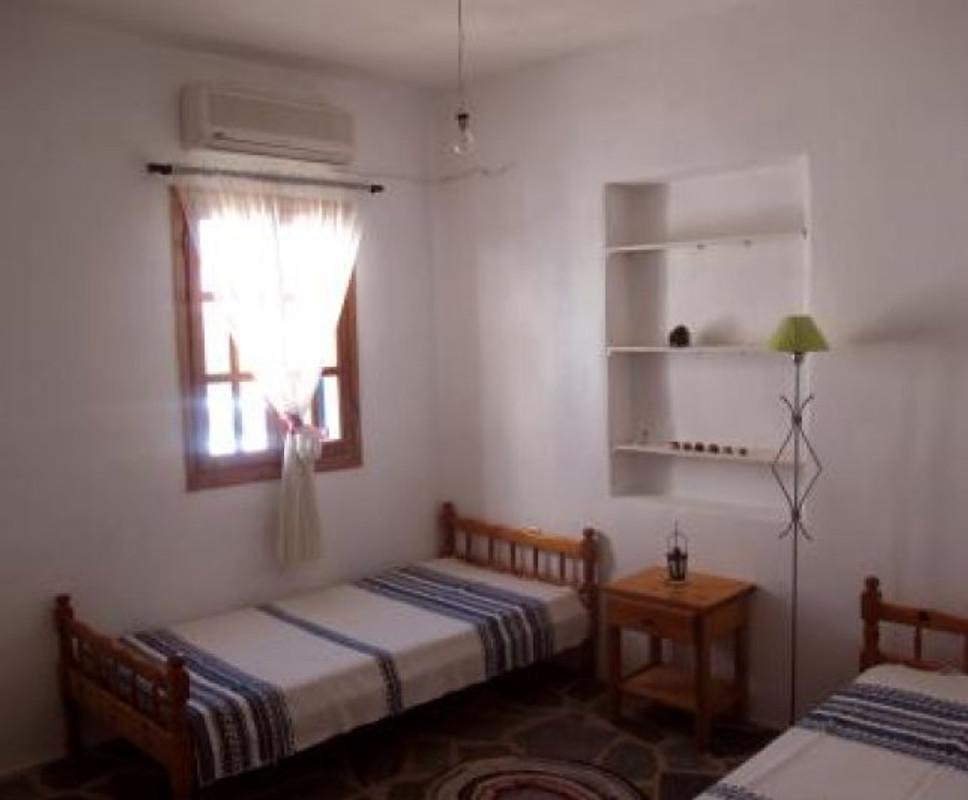 Haus pyrgaki 2 maison de vacances naxos louer for Chambre 6095