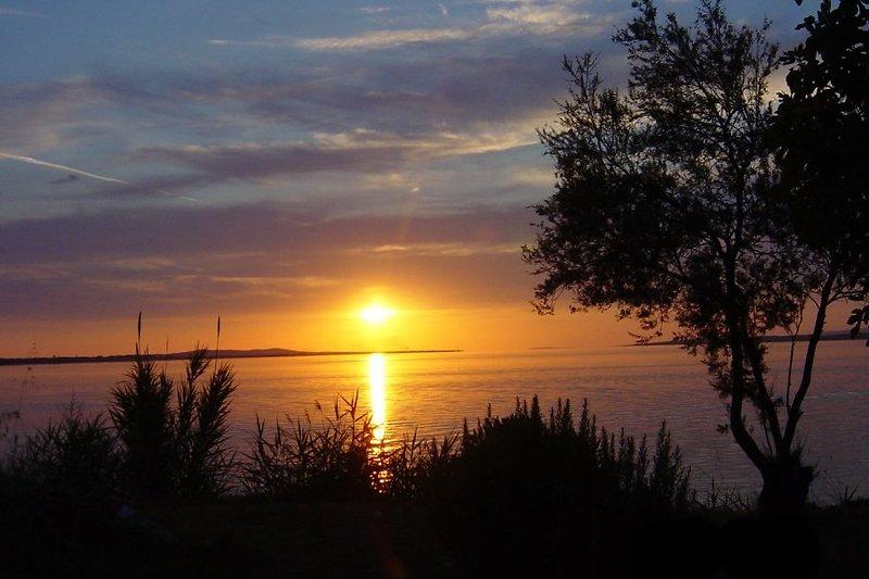 Sonnenuntergang von unserem Grundstück aus fotografiert