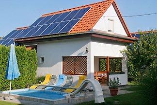 Ferienhaus Csorba mit Klima & Pools