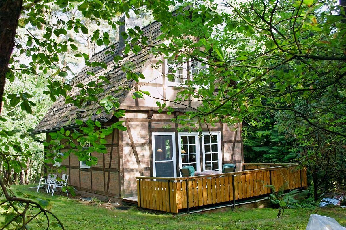 ferienhaus im wald heidehaus hasch ferienhaus in bendingbostel mieten. Black Bedroom Furniture Sets. Home Design Ideas