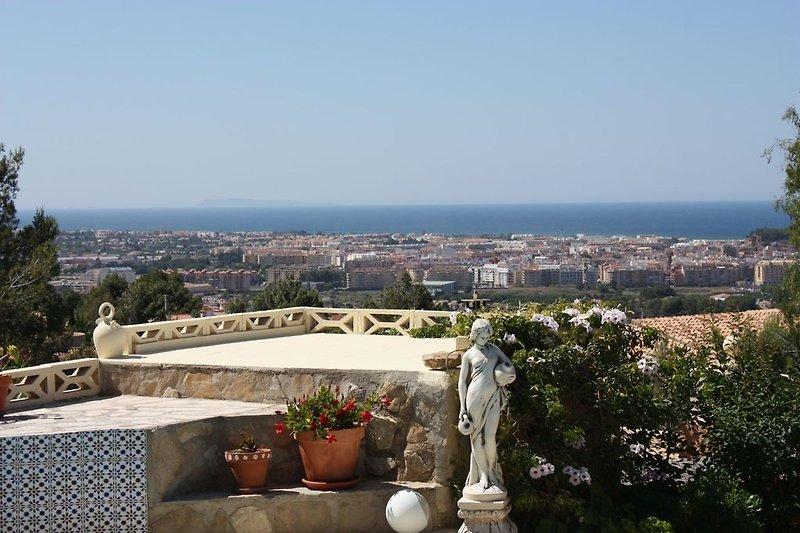 Ihr Panoramablick über Denia und das Mittelmeer