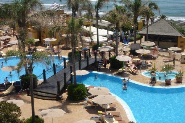 Marriott Marbella Beach Resort à Elviria - Image 1