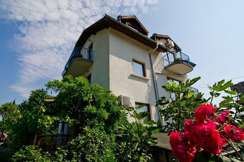 Villa Tanja Suedseite