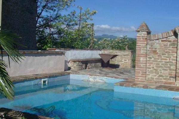Antico Borgo Le Torri Celle  à Caprazzino - Image 1