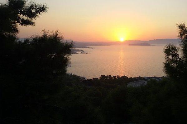 Pavlakis-Beach Villa in Stalos - immagine 1