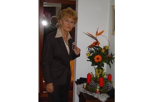 Madame F. Riechers