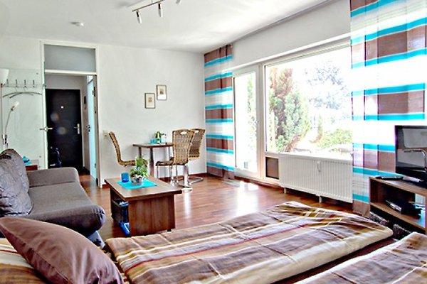 ferienwohnung 2 schlossparkstr ferienwohnung in aachen mieten. Black Bedroom Furniture Sets. Home Design Ideas