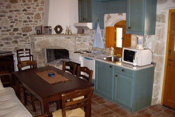 ''KSA SOU'' GUEST HOUSE 1 in Mires - Bild 1