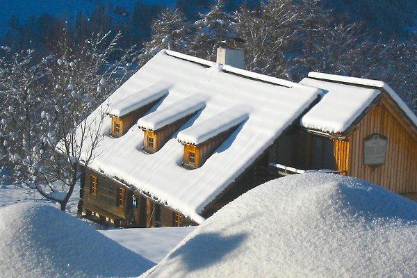 Napoleonvilla im Schnee