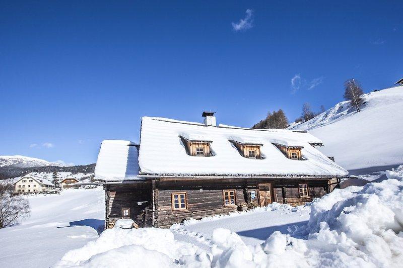 Napoleonvilla im Winter
