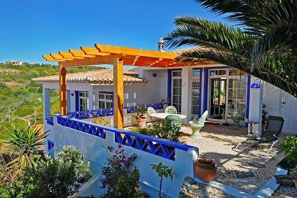 Casa vacanza Casa da Rocha in Salema - immagine 1