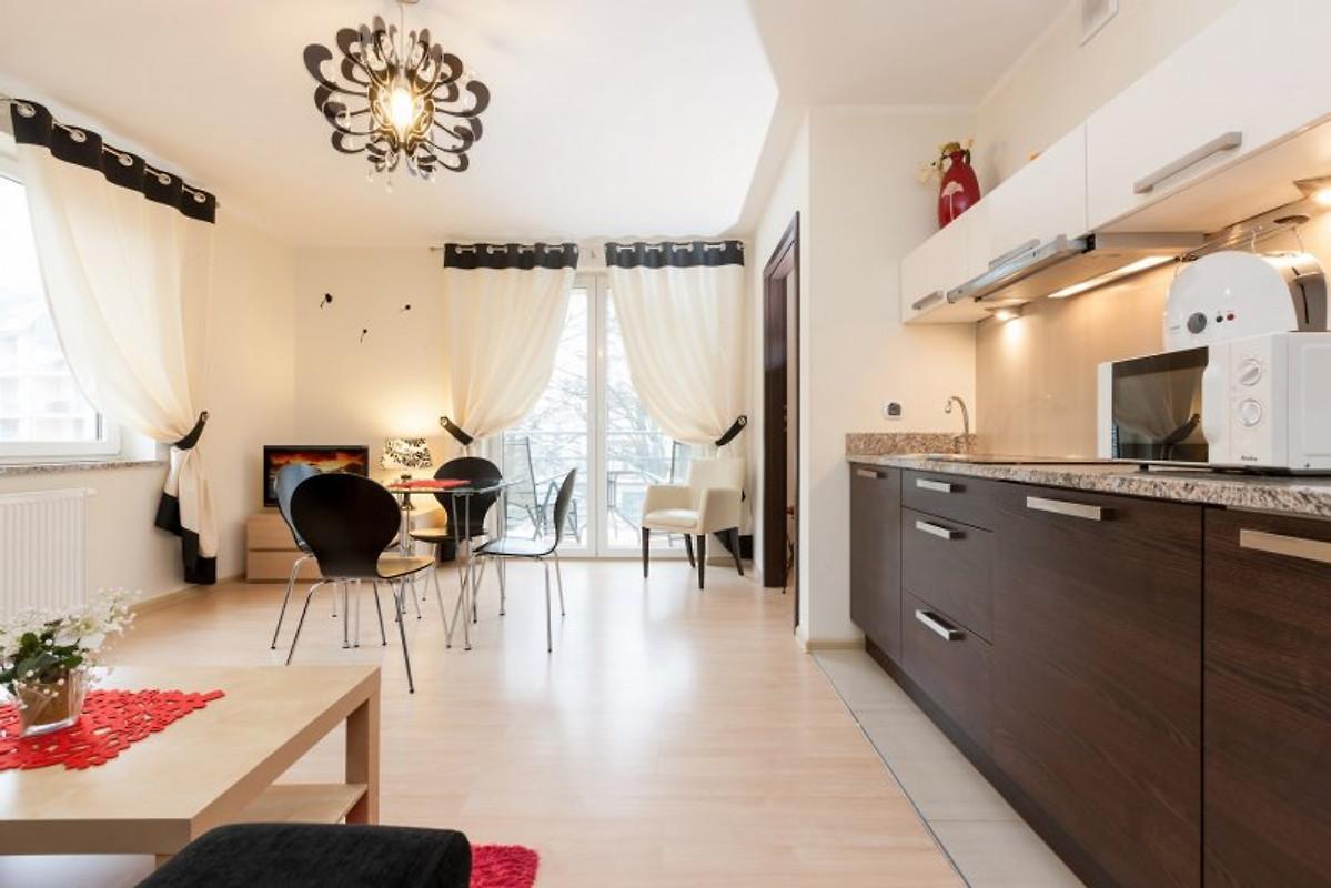 exclusive ferienwohnung 204 207 302 ferienwohnung in swinem nde mieten. Black Bedroom Furniture Sets. Home Design Ideas