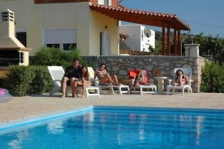 Haus mit Pool und Meerblick