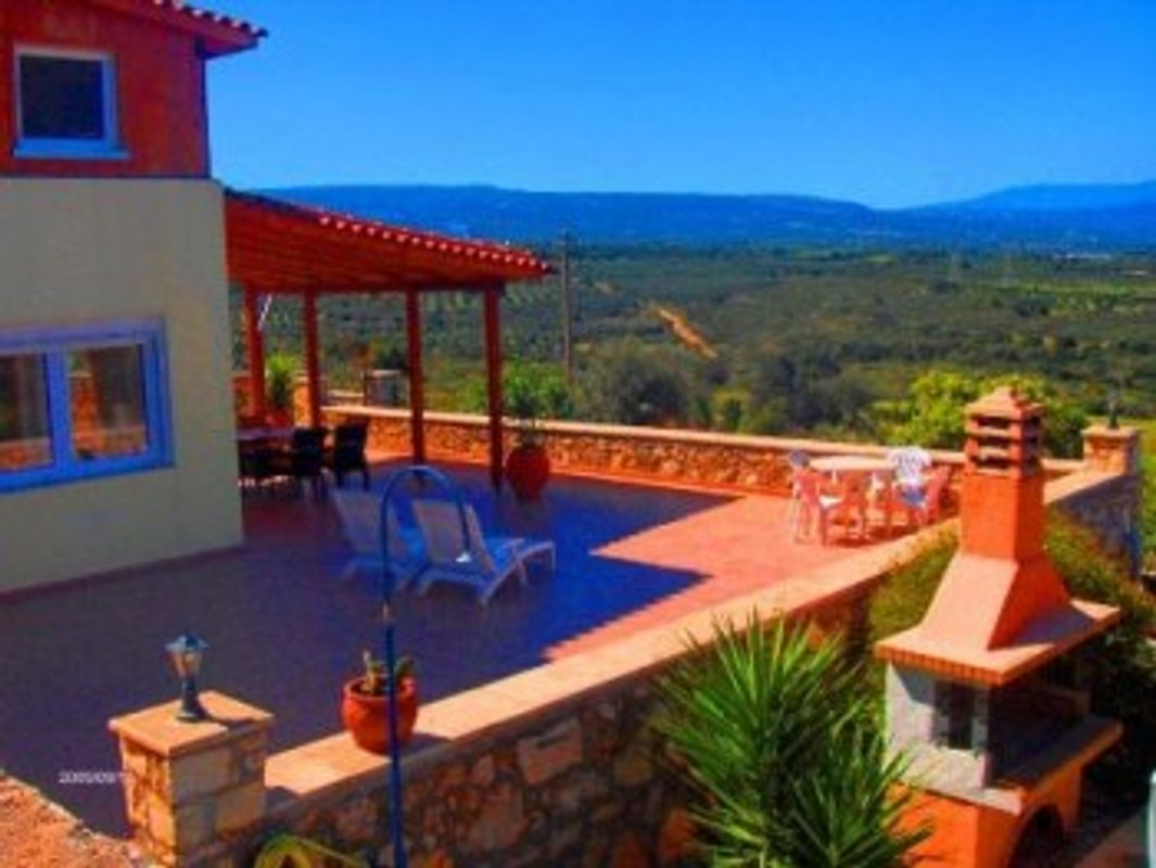 Haus mit pool und meerblick ferienhaus in prinos for Haus mit pool mieten