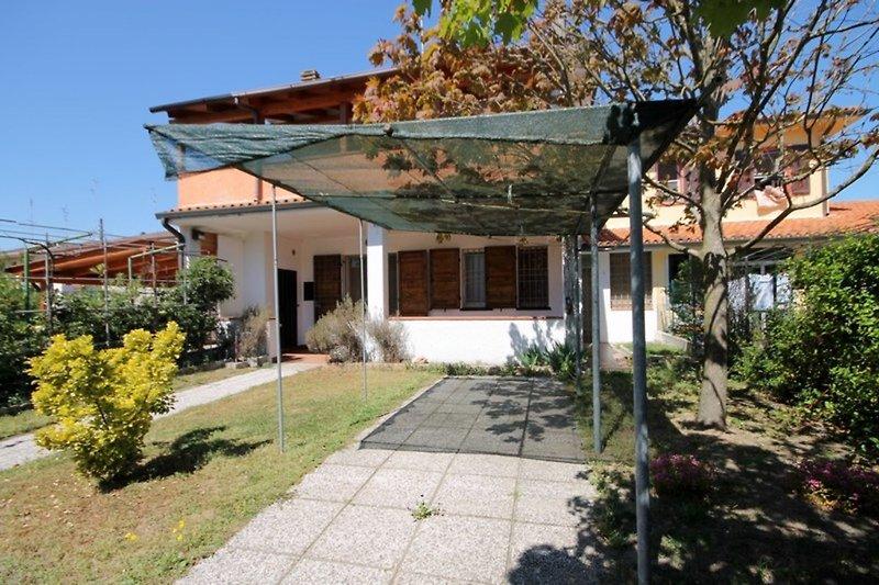 EMRNAZ009 - Haus bis 8 Personen