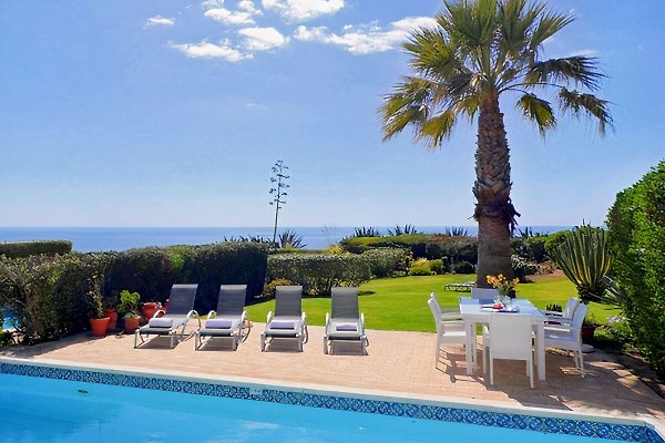 Holiday Villa in 1a linea di mare in Carvoeiro - immagine 1
