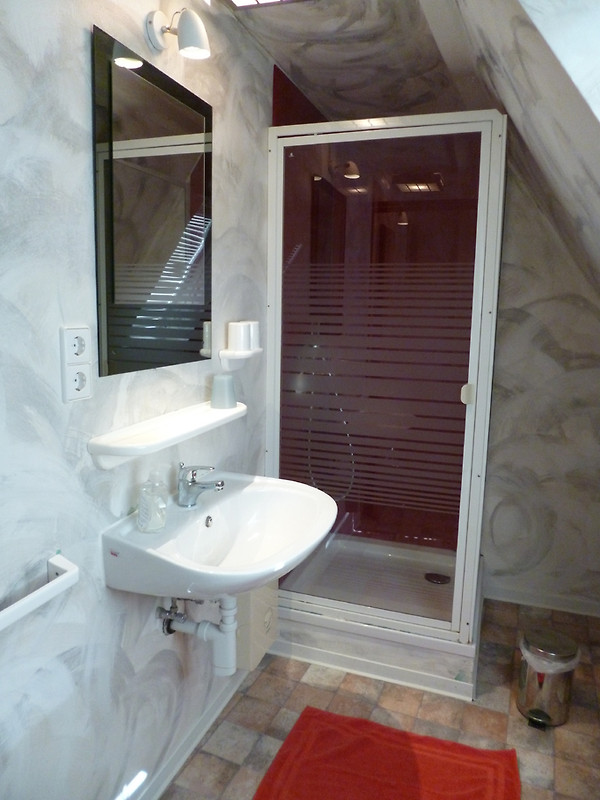 ferienhaus rheinblick koblenz ferienwohnung in koblenz mieten. Black Bedroom Furniture Sets. Home Design Ideas