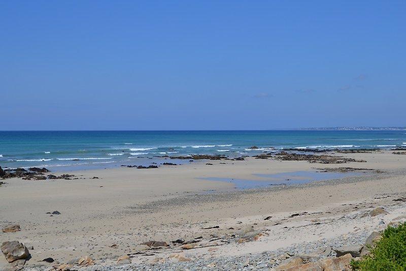 Strand vor dem Haus