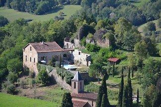 Katharerburg con piscina in Ariège