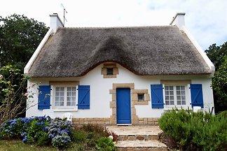 Reetdachhaus KRIER mit Garten