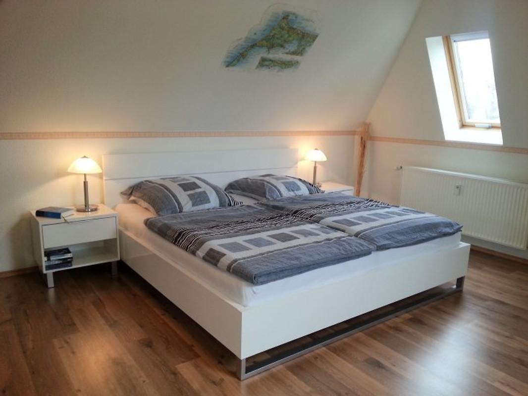 fewo haiderose direkt 74 qm ferienwohnung in prerow mieten. Black Bedroom Furniture Sets. Home Design Ideas