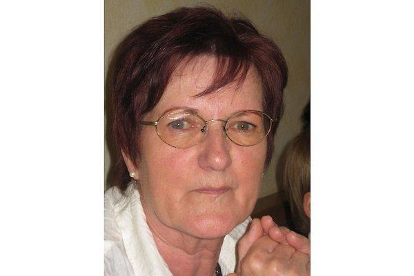Frau R. Neuner