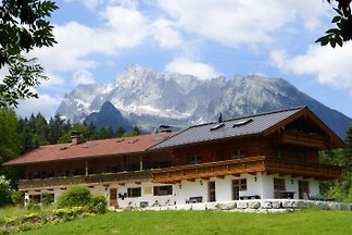 2 apartments directly on the trail to Watzmann