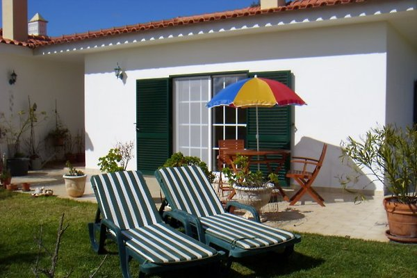 Casa Eger - Ferienwohnung  à Mexilhoeira Grande - Image 1