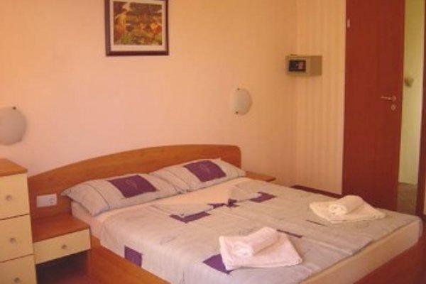 Ferienhausanlage mit Liebe in Goldstrand - Bild 1