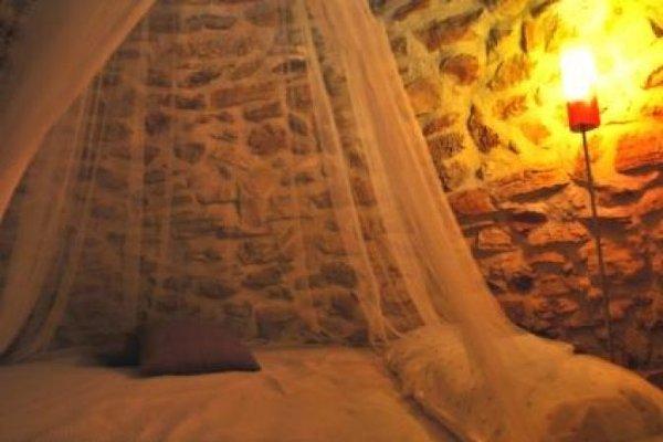 Doppelbett auf der Holzebene