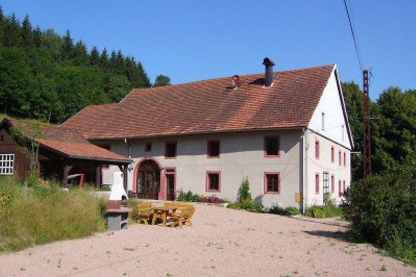 Ferienhaus Marcel mit Grill und Petanqueplatz
