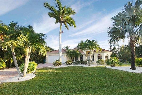 Villa Like Heaven in Cape Coral - immagine 1