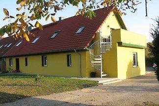 Ferienhaus Fünfseen mit 2 Wohnungen
