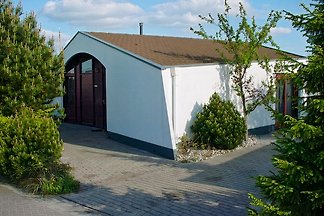 Aquaronde bungalow in Lemmer