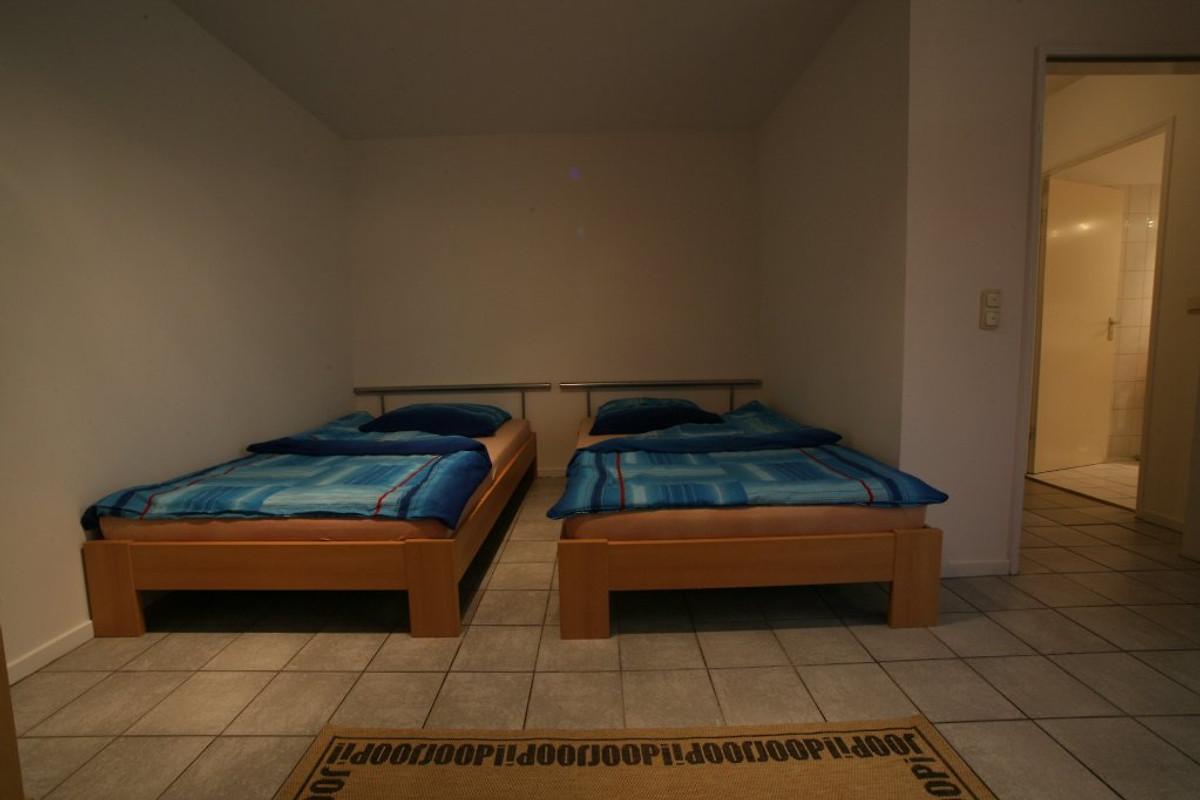 palomino 38 bed and breakfast in hamburg wandsbek. Black Bedroom Furniture Sets. Home Design Ideas
