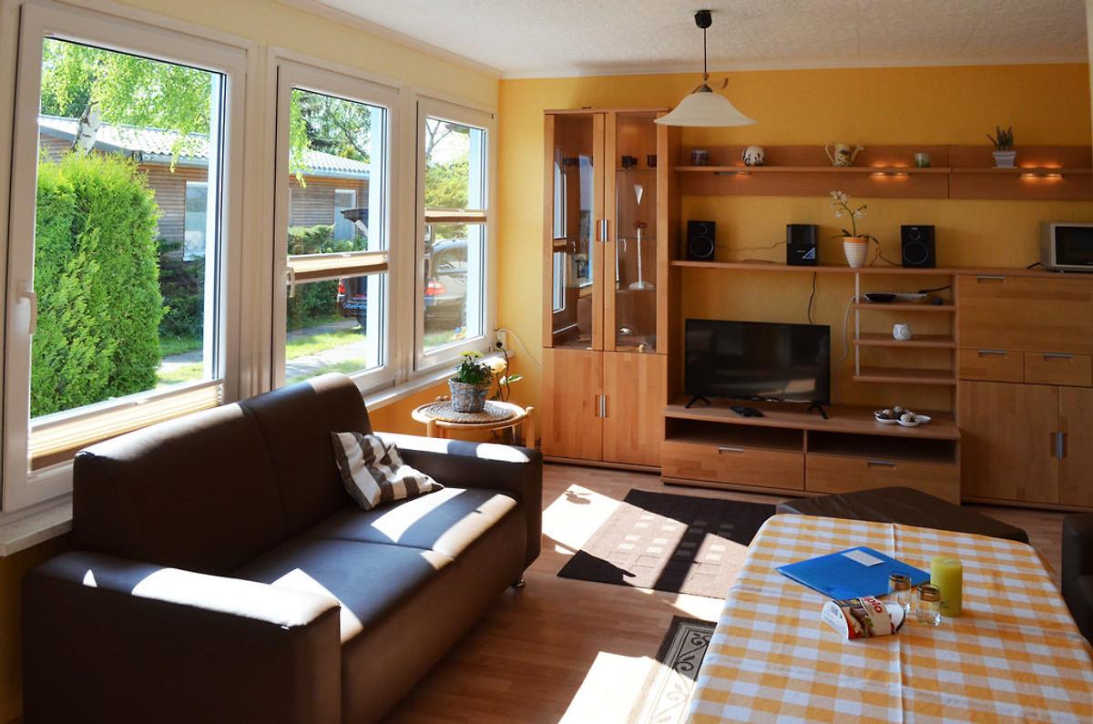 ferienhaus an der ostsee ferienhaus in hohen wieschendorf mieten. Black Bedroom Furniture Sets. Home Design Ideas