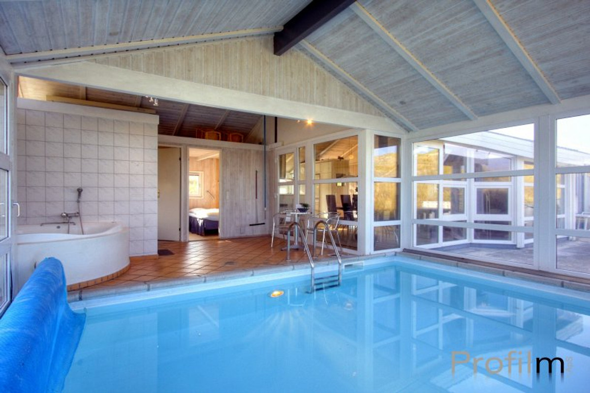 Indoor swimming pool luxus  Luxus pool house - Holiday home in Blokhus