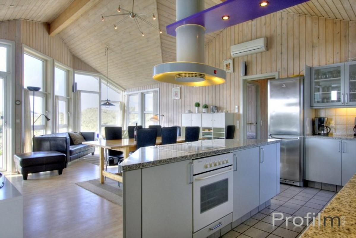 luxury pool house holiday home in l kken. Black Bedroom Furniture Sets. Home Design Ideas