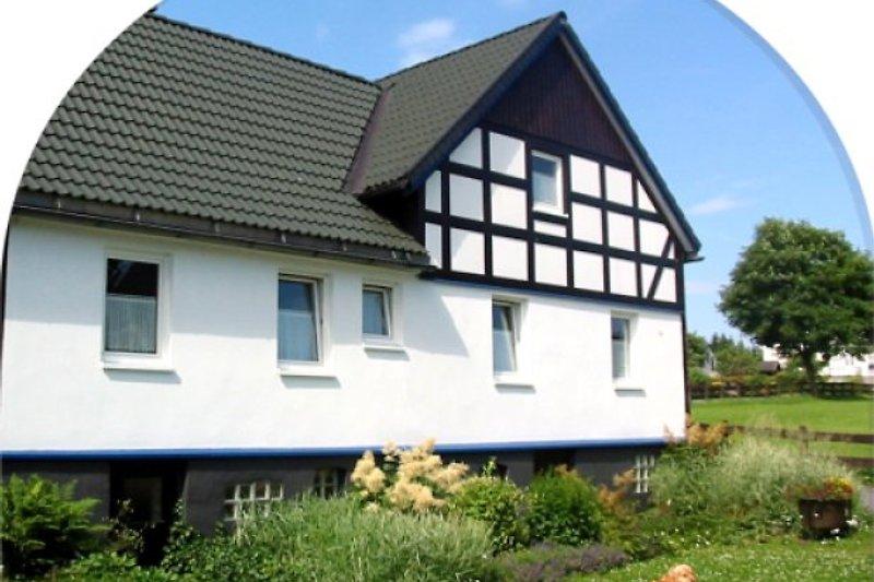 Ferienhaus Karles im Sommer