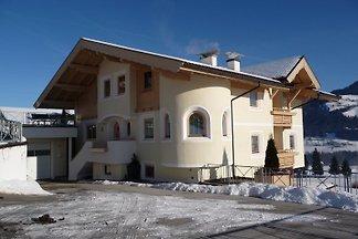 Holiday flat in Hopfgarten im Brixental