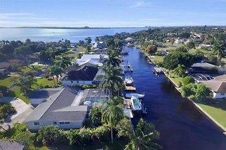 Villa Azzurro Cape Coral Kanallage