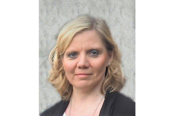 Frau A. Töller