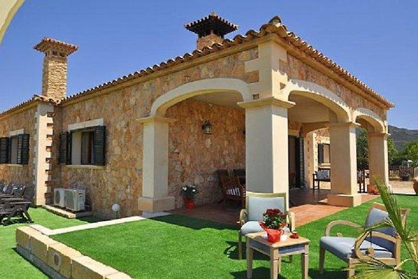 Villa llucmayor mallorca ferienhaus in llucmajor mieten for Mallorca villa mieten