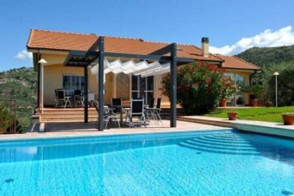 Villa Bella al Mare in Soldano - Bild 1