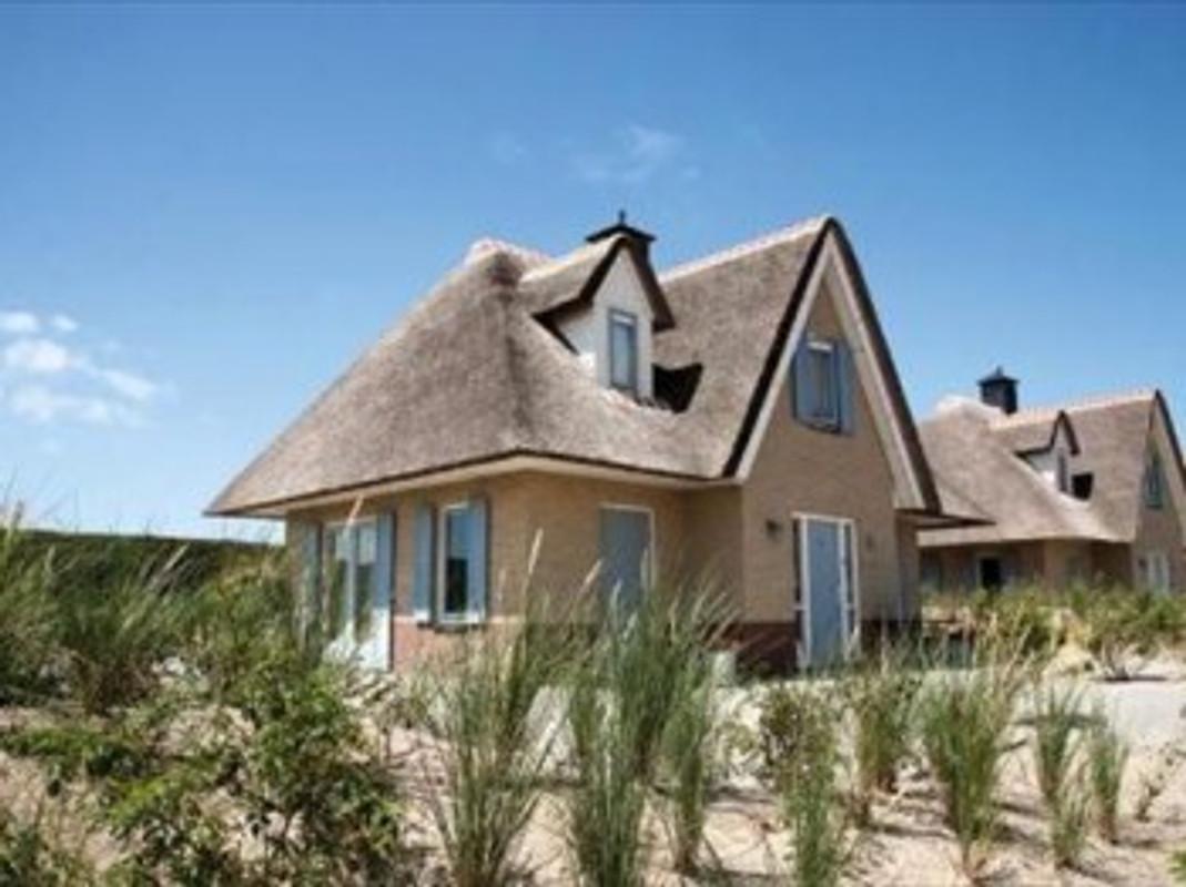 villa zonneduin ferienhaus in den helder mieten. Black Bedroom Furniture Sets. Home Design Ideas