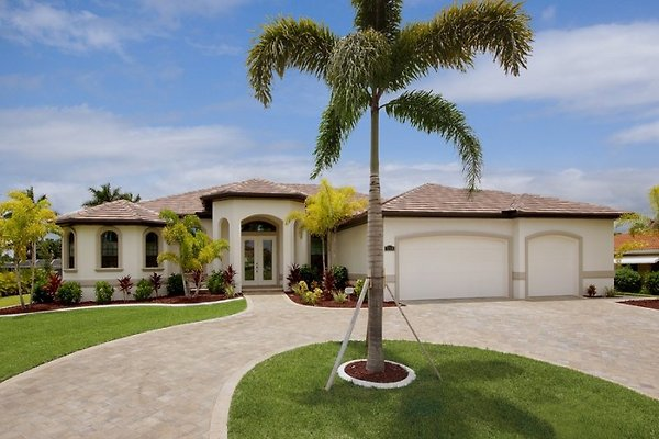 Villa Palms at Mayfair à Cape Coral - Image 1