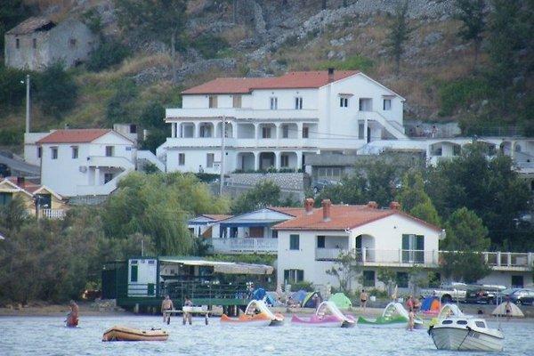Apartamani Marina Lopar à Lopar - Image 1